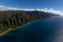 Kauai helicopter ride (RH&XL) Tags: hanalei hawaii unitedstatesofamerica kauai helicopter ride