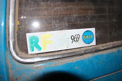 Vignette RFM 96.9 (Raphael Drake) Tags: abandonne abandoned urbex rurex decay decayed maison house grange barn peugeot 504 car wreck voiture epave