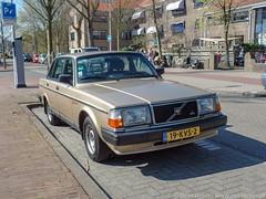 Den Haag, april 2019 (Okke Groot - in tekst en beeld) Tags: denhaag volvo240gla sidecode7 19kvs2 waalsdorperweg nederland