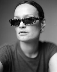 Ivana (Braca Nadezdic) Tags: analog blackandwhite bw aeroektar graflex speedgraphic kodak kodaktrix320 portrait portraits