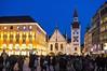 evening shopping (werner boehm *) Tags: wernerboehm marienplatz munich blue architektur nachtaufnahme bluehour architecture