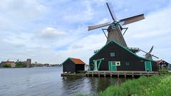 Zaanse Schans (willi.kampf) Tags: zaanseschans windmill windmolen windmühle zuidholland mill molen mühle molina duch dutchlandscape niederlande