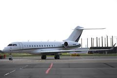 N10HD Bombardier BD.700-1A10 Global 6000 @ Schiphol 26-Apr-2019 by Johan Hetebrij (Balloony Dutchman) Tags: bombardier bd7001a10 global 6000 bd700 aircraft airport schiphol 2019 n10hd