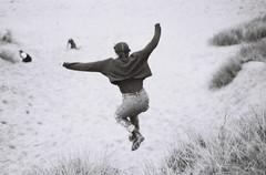 Luisa flying (The_Last_Magnus) Tags: film analog analogue pentax 35mm 35mmfilm