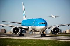 KLM 777-200ER YYZ/CYYZ (Sonny Photography) Tags: klm avgeek aviation plane planespotting toronto boeing 777 aircraft widebody