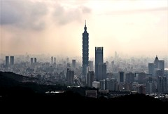 Home town city (ChristophP1211) Tags: 台灣 台北 台北101 象山 olympus penf 12100mm taiwan taipei taipei101 elephant mountain
