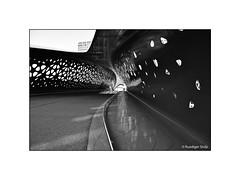 Park Bridge Spoor Noord, Antwerp, Belgium (Ruediger Stolp) Tags: belgium antwerp ruedigerstolpphotography architecture architecturelovers nikond810 2019 bridge parkbridgespoornoord steelbridge parkbrug loopbrug fietsbrug belgië architectuur footbridge award blackandwhite bw