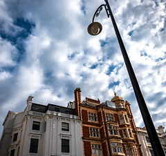 Notting Hill (mlk.dahoui) Tags: london nottinghill light streetlight house sky clouds nikon d750 colorful white windows nikonflickraward roofs evening travel england view