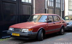 Saab 900 1991 (XBXG) Tags: dpfp71 saab 900 1991 saab900 red rood rouge muurhuizen amersfoort nederland holland netherlands paysbas youngtimer old classic swedish car auto automobile voiture ancienne suédoise sverige sweden zweden vehicle outdoor