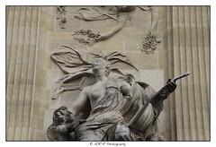 2019.04.21 Grand Palais 1 (garyroustan) Tags: grnad palais great palace paris france french iledefrance ile island building architecture ville ciudad city life