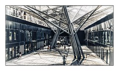Galeria Garibaldi (Jean-Louis DUMAS) Tags: station gare abstract abstrait abstraction architecture architect architecte architectural architecturale bâtiment building reflets reflecting reflections napoli naples italie italia hdr sony