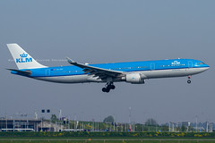 PH-AKF // KLM // A330-303 (Martin Fester - Aviation Photography) Tags: phakf klmroyaldutchairlines airbus a330303 a330 klm a330300 royaldutchairlines msn1508 amsterdam amseham amsterdamschiphol ams kaagbaan amsterdamkaagbaan aviation avgeek aviationlovers airplane aircraft aviationphotography plane flickraviation planespotting flickrplane aviationdaily aviationgeek aviationphotograph planes aircraftspotter avgeekphoto airbuslover aviationspotters airplanepictures planepicture worldofspotting planespotter planeporn aviationpic aviationgeeks aviationonflickr aviation4you aeroplanes