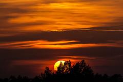 Sunset / @ 300 mm / 2019-05-01 (astrofreak81) Tags: explore clouds shadow schatten sunset sun wolken sonnenuntergang sonne sky himmel heaven light dawn orangesky orange dresden 20190501 astrofreak81 sylviomüller sylvio müller