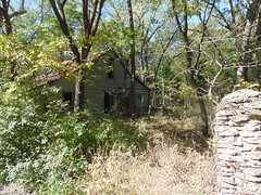 115. Not much is left of this abandoned house, Pawnee Station, 10-21-18 (leverich1991) Tags: exploring kansas 2018 pawnee station bourbon anna school