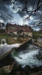 Mission... mauvais temps !! (Fred&rique) Tags: asus jura franchecomté pluie printemps giboulées rivière ain moulin hdr