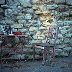 (cedricmarino) Tags: yashica mat 124g square medium format portra400 120 film analog color chair menerbes luberon pink