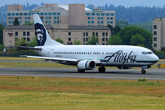 Chester Smiles (planephotoman) Tags: 62815pdx boeing 737 734 737400 737490 n760as alaskaairlines alaska airline airliner pdxaircraft portlandinternationalairport pdx kpdx
