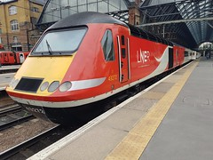 43272 (chriswarman) Tags: vtec class43 hst london kings cross kgx passenger virgin train east coast 43272