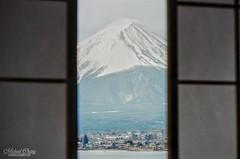 窗外 ([M!chael]) Tags: nikon f3hp nikkor 10525 ais kodak ultramax400 film manual japan fujimt 河口湖 kawaguchiko かわぐちこ 富士山 山梨 fujiyama