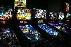 Pinball in Milwaukee (Cragin Spring) Tags: milwaukee milwaukeewi milwaukeewisconsin wisconsin wi city urban unitedstates usa unitedstatesofamerica pinball arcade pinballmachine game
