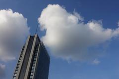 DSC03789 (STE) Tags: nuvola nuvole cloud clouds milano milan