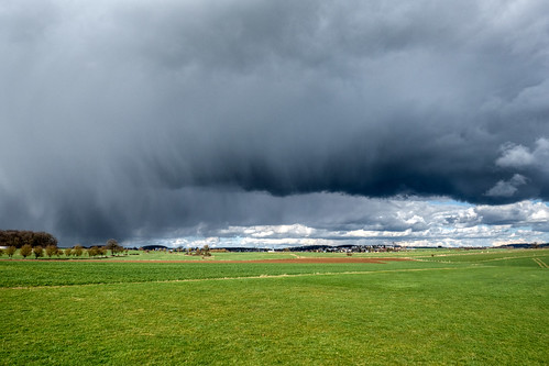 Dramatic clouds near Olm