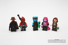 Figbarf: Guests and Patrons of the Can Can (darth85) Tags: lego starwars star wars swlego legosw cantina wretched hive scum villainy minifig minifigure smuggler bounty hunter alien twilek trandoshan bar bartender slum underworld neon street criminal crime syndicate empire imperial foundry