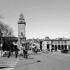 Bergamo - Lombardia - Italia (amos.locati) Tags: amos locati bergamo lombardia italia il sentierone e veduta della citta alta