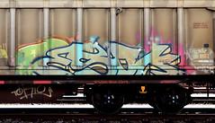 graffiti on freights (wojofoto) Tags: amsterdam nederland netherland holland graffiti streetart cargotrain freighttraingraffiti freighttrain freights fr8 vrachttrein wojofoto wolfgangjosten trein train esok