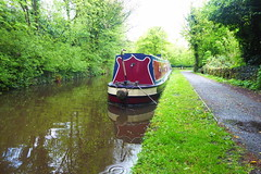 Barge moored near Whaley Bridge Junction   (Peak Forest Canal)   May 2019 (dave_attrill) Tags: barge moored junction towpath whaleybridge peakforest canal peakdistrict nationalpark derbyshire may 2019 cheshirering waterway