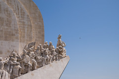Monument of the Discoveries, Lisbon (romanboed) Tags: leica m 240 summilux 50 europe portugal lisbon city cityscape old town waterfront urban lisboa lisabon 里斯本 리스본 リスボン лиссабон لشبونة belem monument discoveries explorers history sculpture waterfrontoutdoor sunny