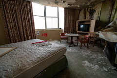 Hotel Room (bryan.mk7) Tags: abandoned resort skiresort urbanexploration urbex decay