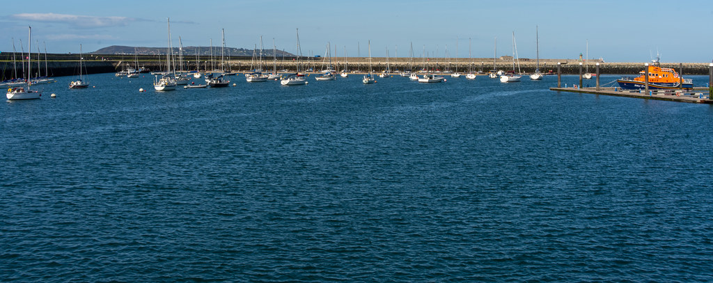 TRADERS' WHARF AREA [WEST PIER DUN LAOGHAIRE HARBOUR]-152234