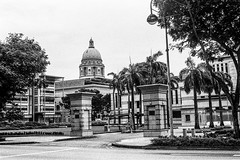 State buildings, Singapore (Thanathip Moolvong) Tags: olympus 35 ilford hp5 plus film singapore state building architect