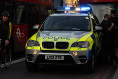 LV13ZTR BMW X5 of City of London Police (Ian Press Photography) Tags: city colp car cars police 999 emergency service services lv13ztr bmw x5 london 4x4 suv