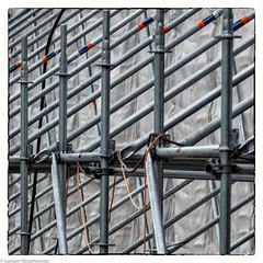 Linien - Baugerüst (J.Weyerhäuser) Tags: baustelle frühling gerüst linien mainz square streben
