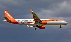 G-UZMA - Airbus A321-251NX - LGW (Seán Noel O'Connell) Tags: easyjet guzma airbus a321251nx a21n a321 neo gatwickairport lgw egkk 08r mla lmml u28824 ezy59kf aviation avgeek aviationphotography planespotting
