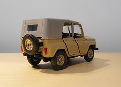 1977 UAZ 469 (HO scale trams 43rd scale cars) Tags: diecast russian model car 143scale uaz469 tantal 1977