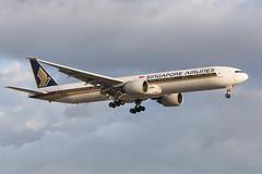 singapore_777_9v-swa_lhr (Lensescape) Tags: lhr 2019 singaporeairlines singapore b777 777 boeing 773 777300 b777300 9vswa