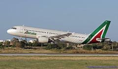 EI-DSY LMML 05-05-2019 Alitalia Airbus A320-216 CN 3666 (Burmarrad (Mark) Camenzuli Thank you for the 18.9) Tags: eidsy lmml 05052019 alitalia airbus a320216 cn 3666