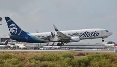 Alaska Airlines Kevin Durant Livery 737-990(ER) (N280AK) LAX Approach 2 (hsckcwong) Tags: alaskaairlines kevindurantlivery 737990er 737900er 737900 737 n280ak klax lax