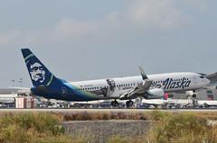 Alaska Airlines Kevin Durant Livery 737-990(ER) (N280AK) LAX Approach 3 (hsckcwong) Tags: alaskaairlines kevindurantlivery 737990er 737900er 737900 737 n280ak klax lax