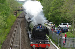 The Flying Scotsman (Blue Sky Pix) Tags: flyingscotsman duffield derby derbyshire england ageofsteam heritage englishpride train crowds watching excited specialevent