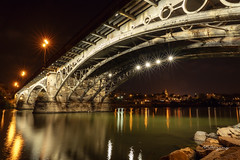 Puente de Triana. Sevilla (angelrm) Tags: sevilla seville españa spain puente puentedetriana sony sonya7riii trianabridge pwmelilla