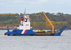 MV Cameron (Gerry Hill) Tags: mv cameron imo 9008495 firth of forth south queenferry scotland a briggs marine multicat workboat 7th may 2019 built 1991 road bridge queensferry harbour river water replacement crossing north