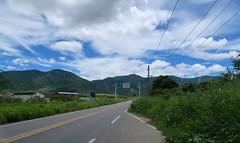 Serra da Meruoca, Ceará (Francisco Aragão) Tags: serradameruoca ceará brazil meruoca brasil americadosul americalatina nordeste regiãonordeste cores montanhas franciscoaragão fotografia canong7xmkii ceu nuvens rodovia estrada ce paisagem ce440 rodoviace440 noroestecearense