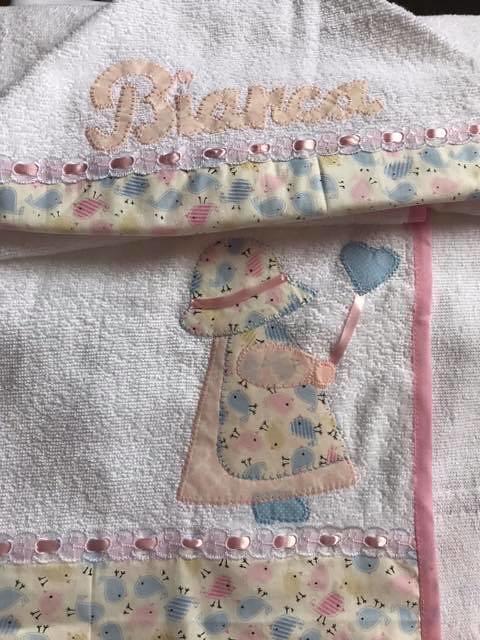 18a26fb3b0 Toalha Banho (MBiaCtba) Tags  enxoval bebe manta toalha ombro banho boca