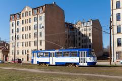 Blocks und Stangen (trainspotter64) Tags: strasenbahn streetcar tram tramway tranvia tramvaj tramwaje čkd tatra t3su lettland latvia rīgā satiksme