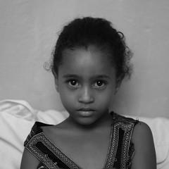 Djibouti portrait (miguou) Tags: child children girl djibouti portrait cornedelafrique hornofafrica noiretblanc blackandwhite africa afrique africaine face visage regard africanchildren africanwomen blancoynegro enfant femmeafricaine джибути جيبوتي जिबोटी জিবুতি ジブチ 吉布提 cibuti gibuti djibuti dschibuti yibuti xhibuti jabuuti eastafrica africawoman dżibuti džibutsko džibuti fillette fille femme pretoebranco noir et blanc personnes monochrome