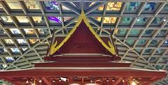 Bangkok Suvarnabhumi Airport, Thailand (jeffglobalwanderer) Tags: airport terminal airportarchitecture bangkokairport suvarnabhumiairport internationalairport modernarchitecture ceiling roof thaiarchitecture